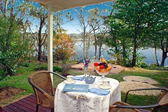 Blue Mountains Lakeside B&B & Self-contained