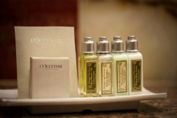 Luxury Bathroom Amenities - L'occitane En Provence