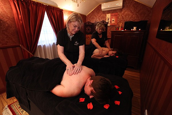 In-house 60 minute massage