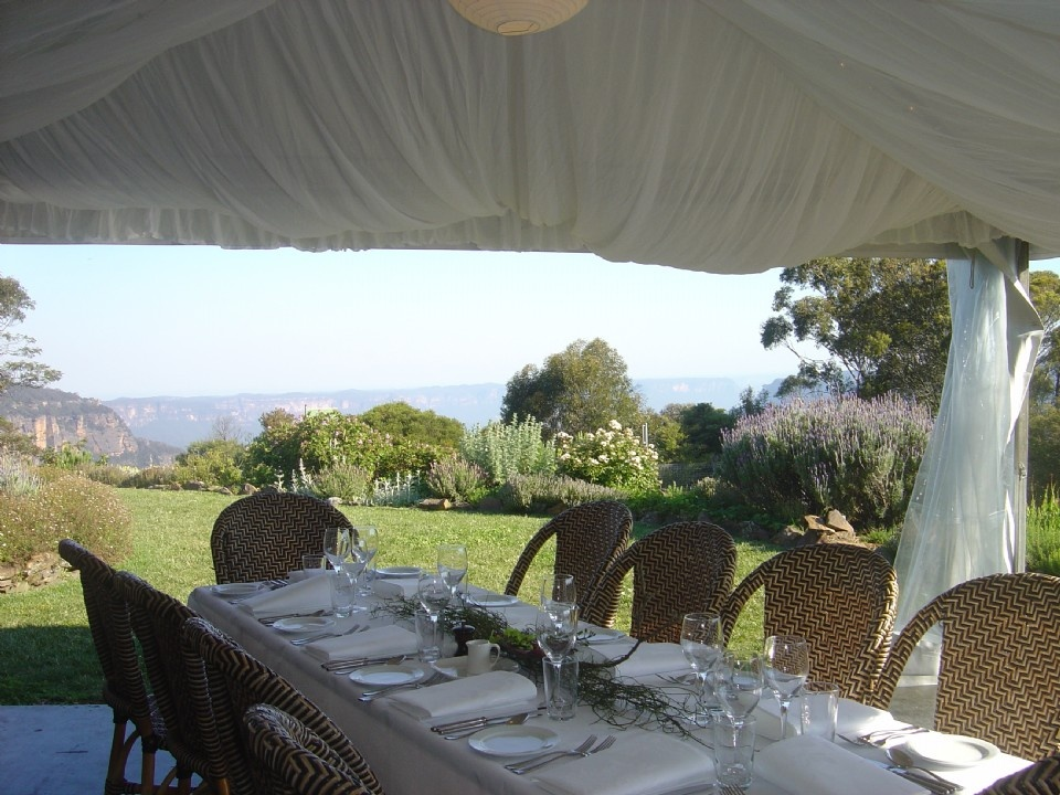 All you need to know about finding a wedding venue in the for Wedding venue with a view