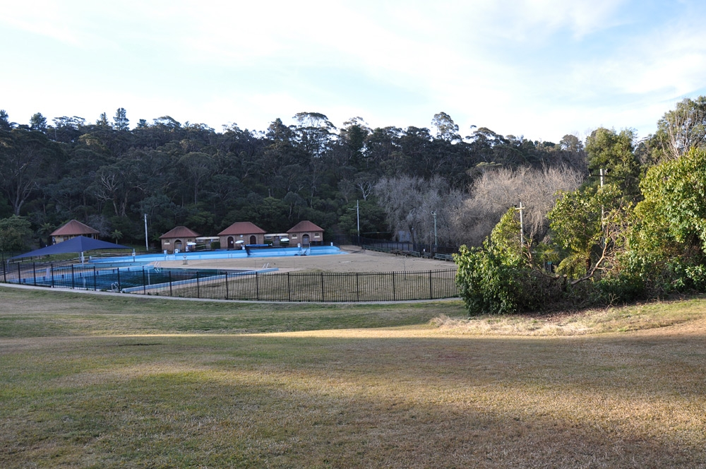 Memorial Park features the Blackheath Swimming Pool, a playground for the children