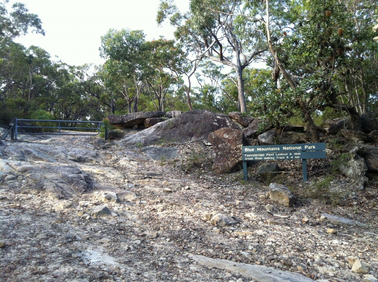 Faulconbridge Point Walking Track Entrance