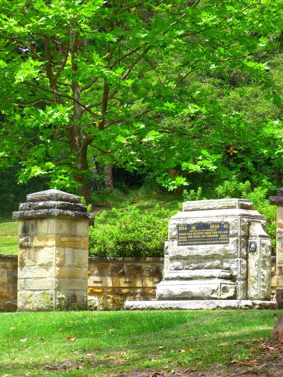 War Memorial in Gloria Park