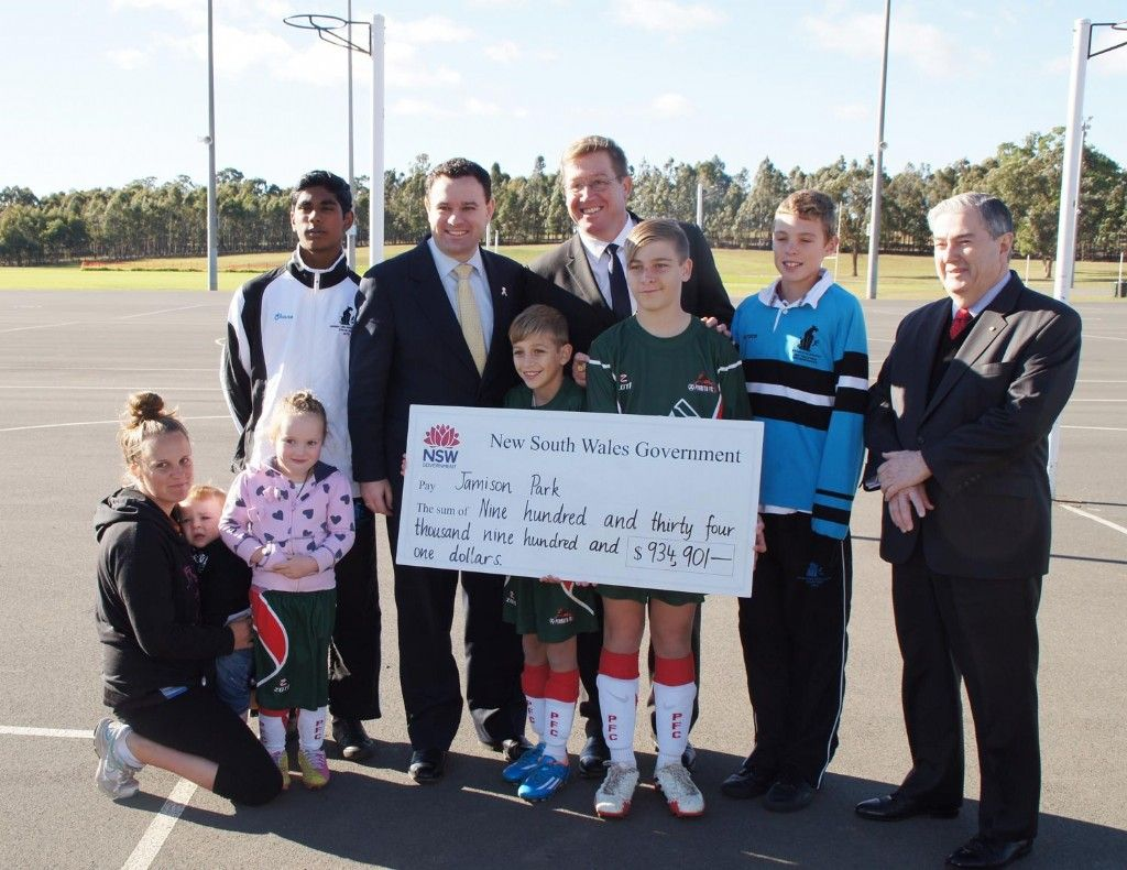 Stuart Ayres Calls On Penrith Organisations to Apply for ClubGRANTS