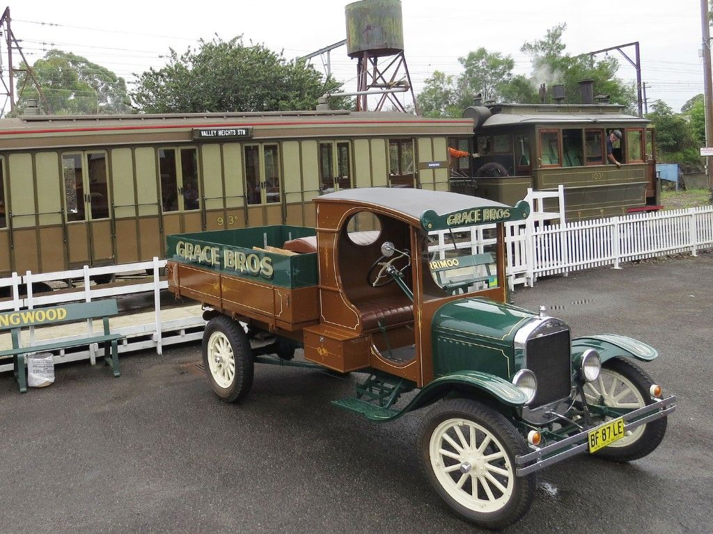 Trains, Trams & Ts for the Roaring 20s Festival
