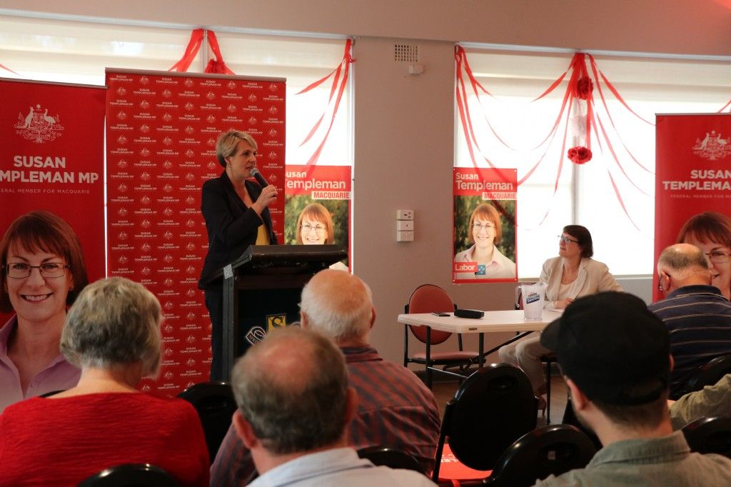 Community Shares Thoughts and Ideas at Education Town Hall with Tanya Plibersek