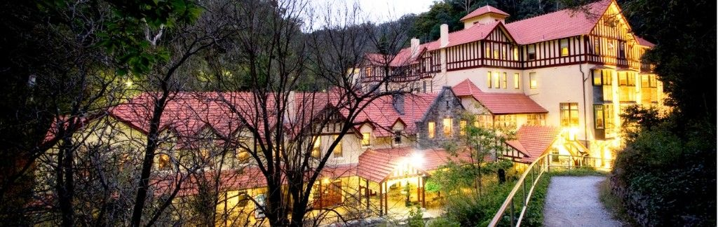 Stay at Jenolan for the Six Foot Track Marathon