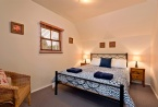 3 bedrooms - 2 rooms with queen beds