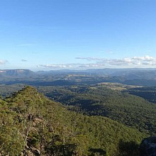 Expansive views over Megalong Valley
